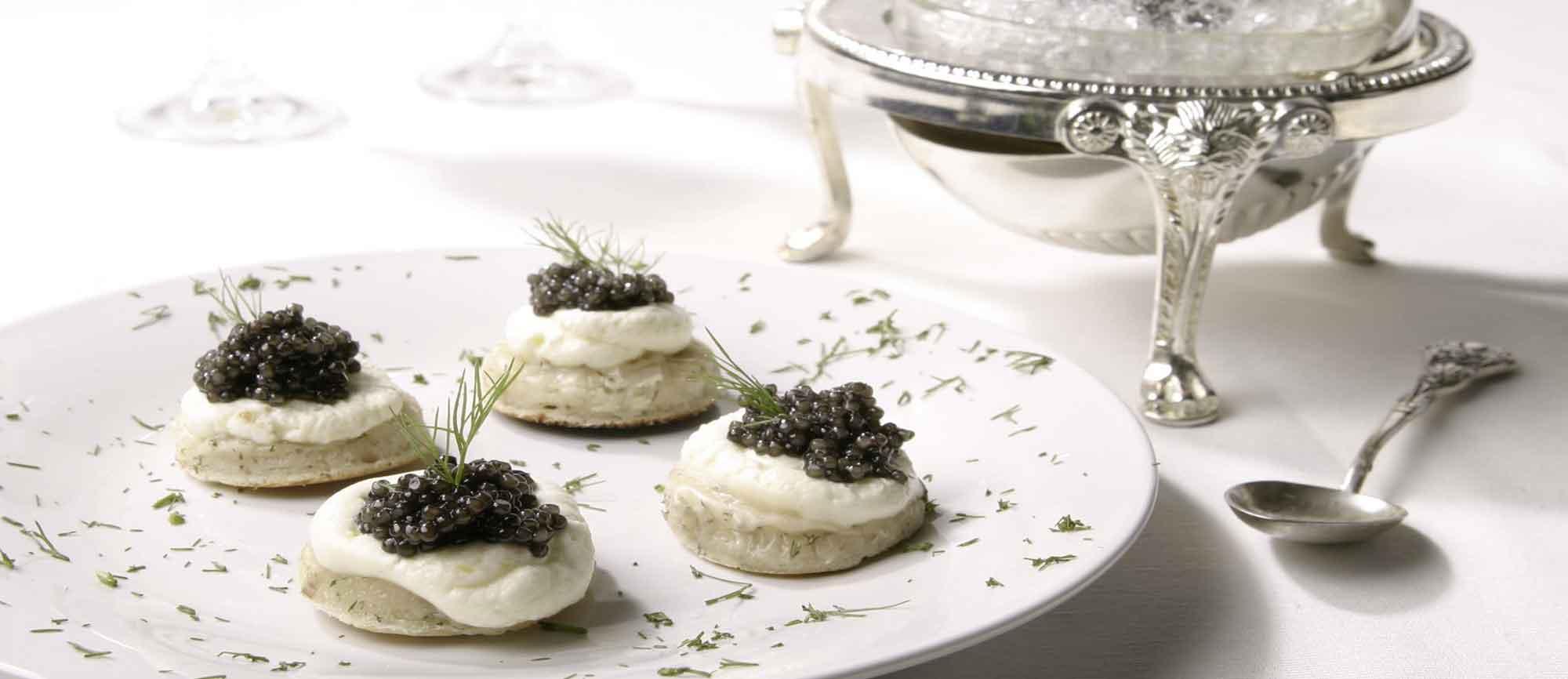 kaviar-blinis